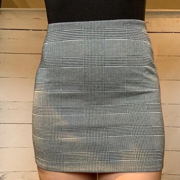 H&M Black and White Plaid Miniskirt